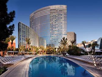 Hotel Aria em Las Vegas - Piscina e Hotel